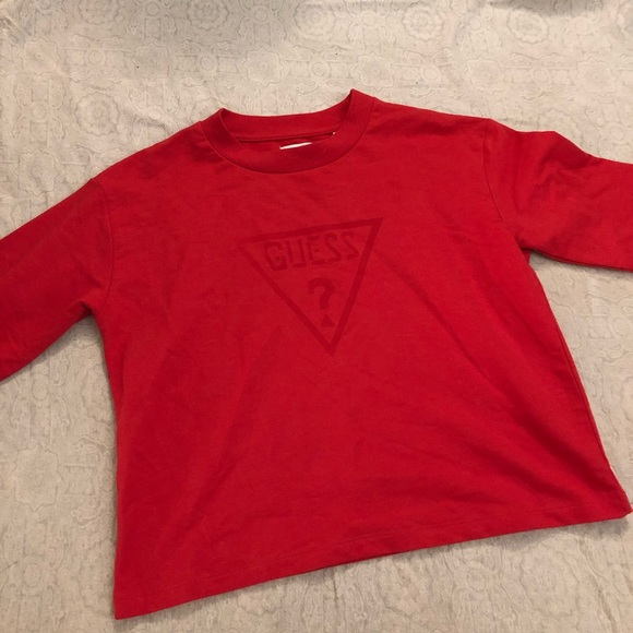 Guess || Cropped Crewneck